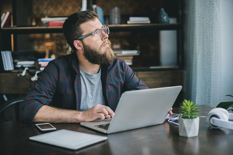 pop-ups-vs-chatbots-pensive-writer
